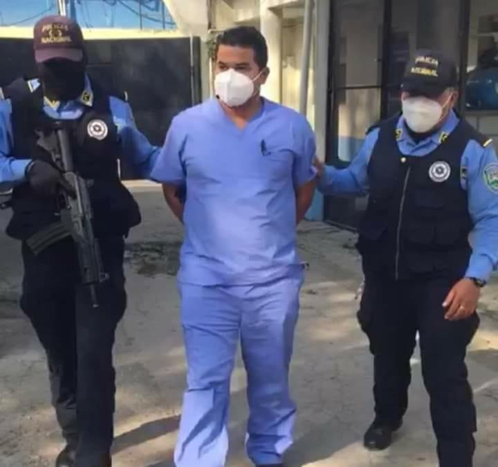 Capturan al director de médicos del IHSS por acoso sexual