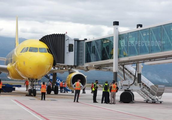 """Presidente de SAPP: No se pueden """"dar de dedo"""" concesiones aeroportuarias"""